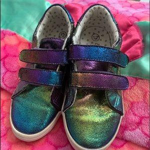 Iridescent velcro strap sneakers